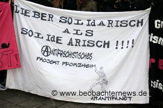 Photo: Pforzheimer Antifas unterstützten die Demo.