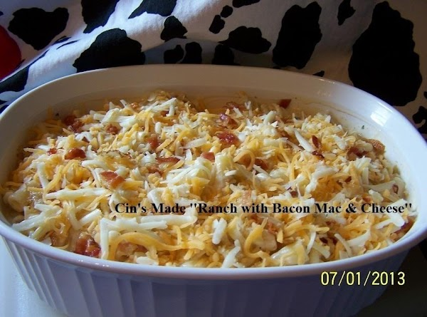 The Ranch Mac & Cheese w/Bacon dish I made for Mailea and her 'lil Family....ready to put into the oven. (photos by: CinStraw)