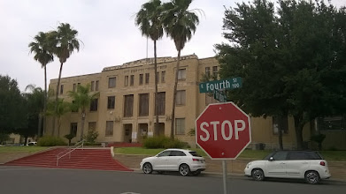 Photo: Starr County Courthouse - Rio Grande City