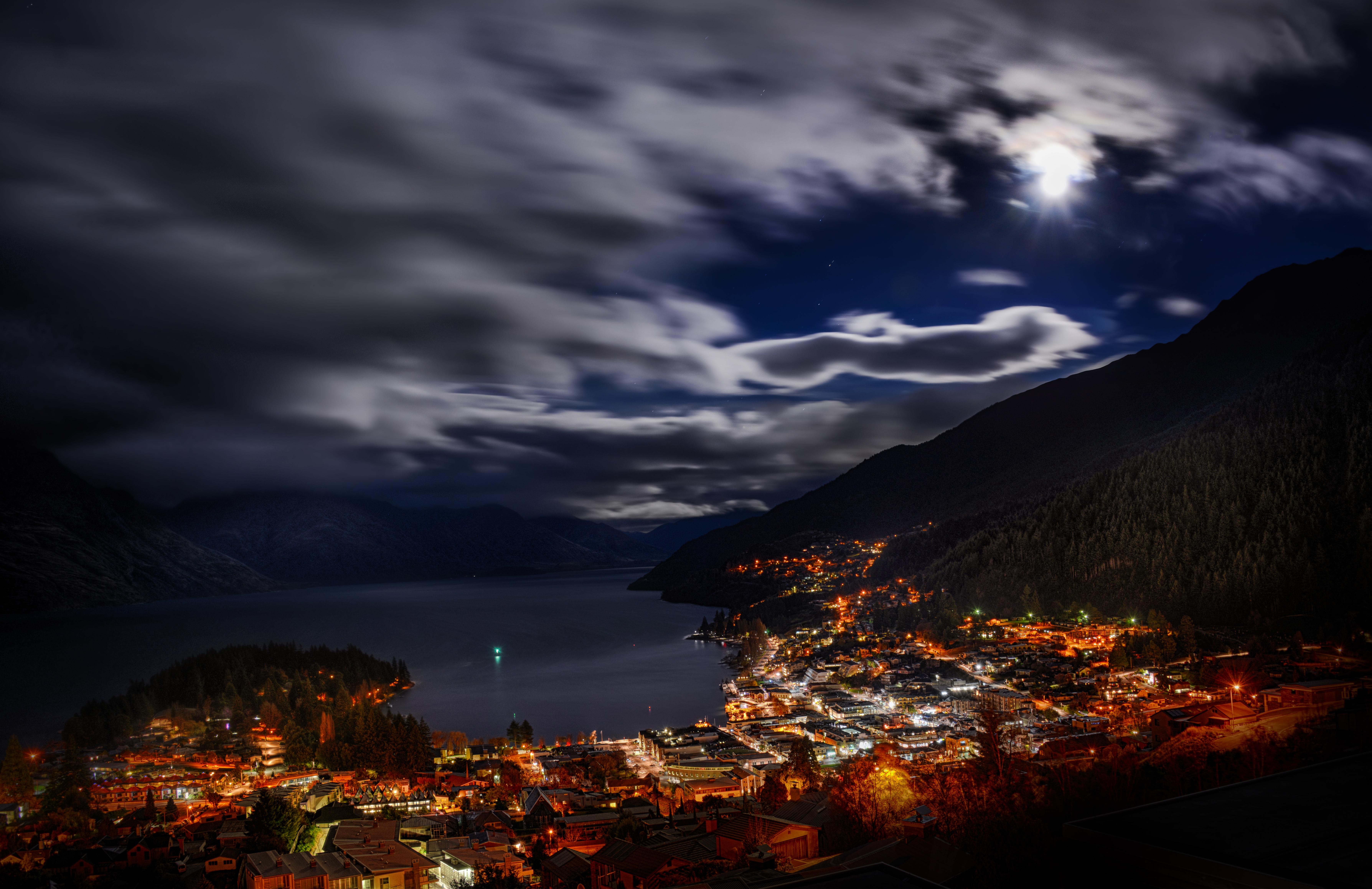 Photo: New Zealand - from Trey Ratcliff at http://www.StuckInCustoms.com