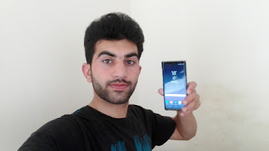 Photo: Sunday giveaway winner Adeel A. showing off his new Galaxy Note 8.
