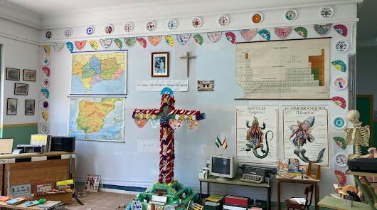 Adra proclama a los colegios ganadores del concurso de Cruces de Mayo
