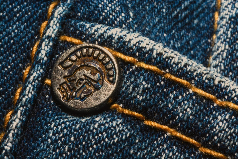 La Borchia dei miei Jeans di Paolo Scabbia