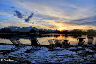 Photo: Zu kalt für den Sonnenuntergang im Sessel in Feldwies beim Strandhauswirt