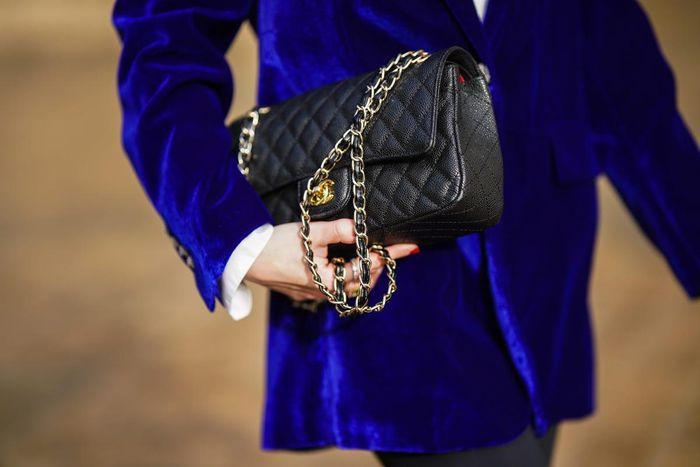 Chanel đặt ra quy tắc 'mỗi người 1 túi mỗi năm' ở Hàn Quốc