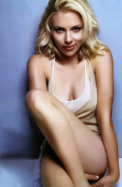 Scarlett Johansson spicy photos