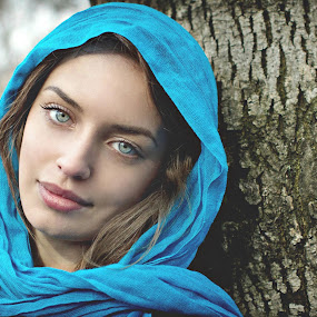 ICON by Daniel Kitu - People Portraits of Women ( face, blue, purity, smile, eyes, feminity )