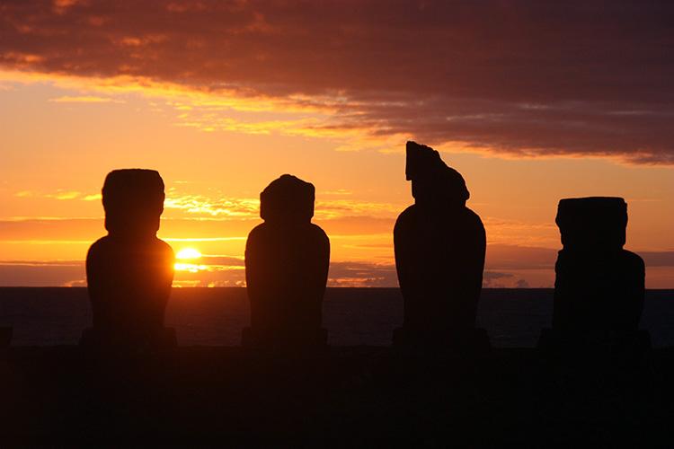 ISLA DE PASCUA: EL OMBLIGO DEL MUNDO