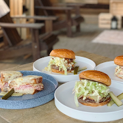 Burger Family Bundle (recommended for four people)