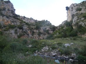 Photo: The ravine between the two cliffs