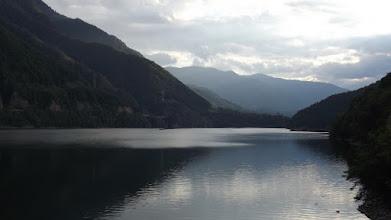 Photo: Lacul Brandisor  /víztározó a Lotru-völgyében/