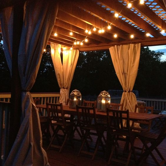 hanging-pergola-lighting