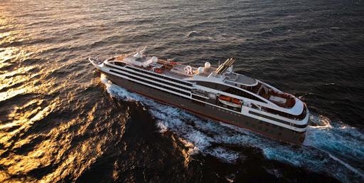 Ponant-LeBoreal-sea.jpg - Sail off into the sunset on Le Boreal, a Ponant yacht.