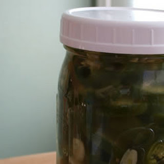 "Lacto-fermented ""Pickled"" Jalapeño Pepper Slices *"