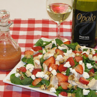 Delicious and Easy Strawberry Spinach Salad