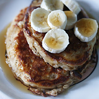 Cinnamon Oatmeal and Yogurt Pancakes