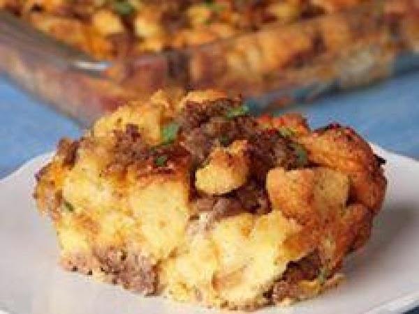 Tracy Sander's Breakfast Casserole Recipe