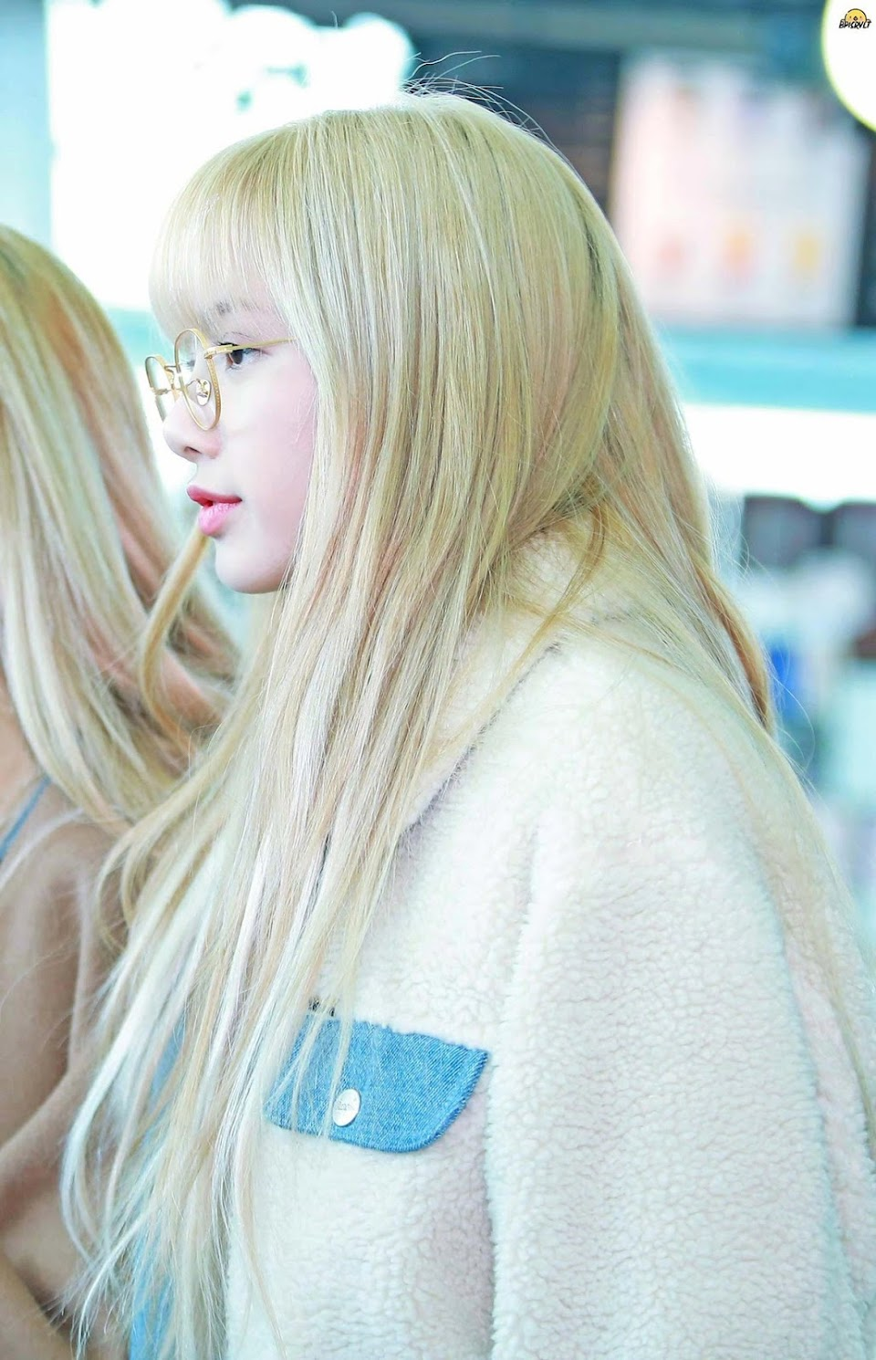 lisa glasses 23