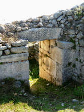 Photo: Byllis, Gate in the Hellenistic city wall