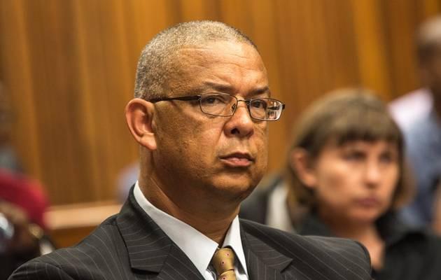 Robert McBride om die Ipid-verslag van die openbare beskermer in die hof te betwis - SowetanLIVE