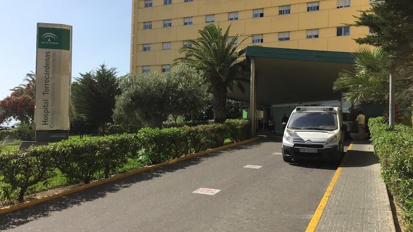 El bebé nació en el Hospital Torrecárdenas hace menos de dos semanas