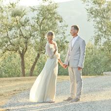 Wedding photographer Olga Stolyarova (Olyasto). Photo of 01.01.2013