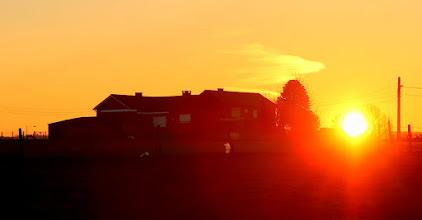 Photo: Au lever du soleil