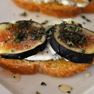 Crostini with Figs and Gorgonzola.