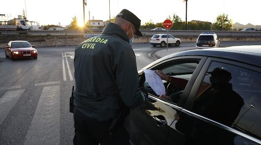 La Guardia Civil hace 60 controles diarios para vigilar la movilidad