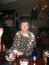 Photo: Luc met hemd van Fons, eerst een Lefke, dan een spa'tje en nu een coca (moet België geweest zijn)