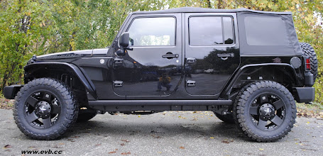 Photo: 2011 Rubicon with Poison Spyder fenders and no lift