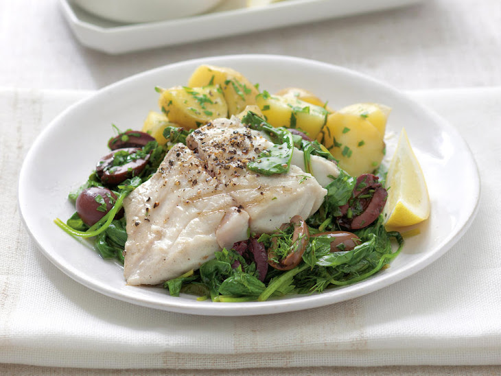 Grilled Fish with Spinach and Olives
