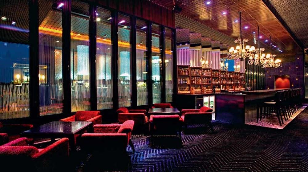 best-restaurants-gurgaon_Molecule_Air_Bar