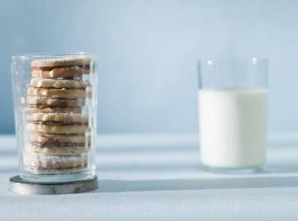 Nutella Sandwich Cookie(using Basic Dough Recipe)