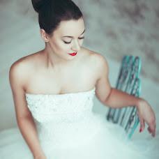 Wedding photographer Ira Abdyeva (Criminallove). Photo of 12.02.2015