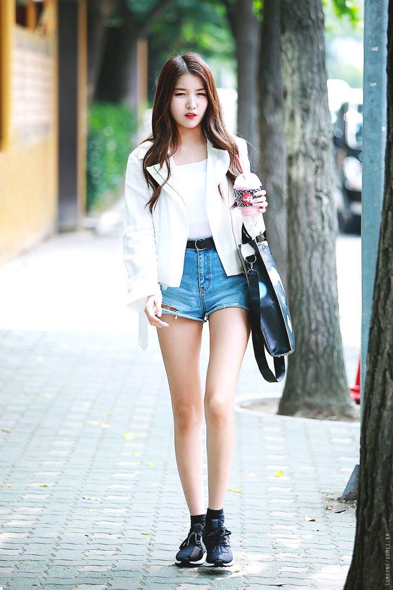 sowon body 25
