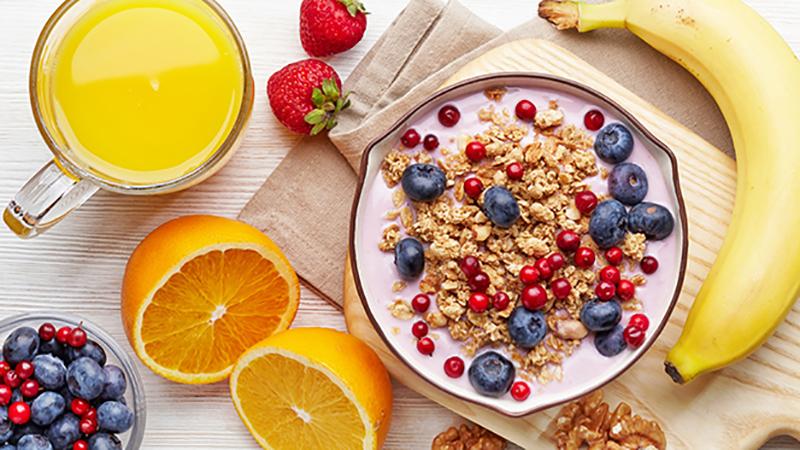 ăn yến mạch hằng ngày thay cơm có tốt không