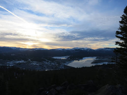 What to Do in Lake Tahoe in the Winter // Sunset over Prosser Creek Reservoir, North Lake Tahoe