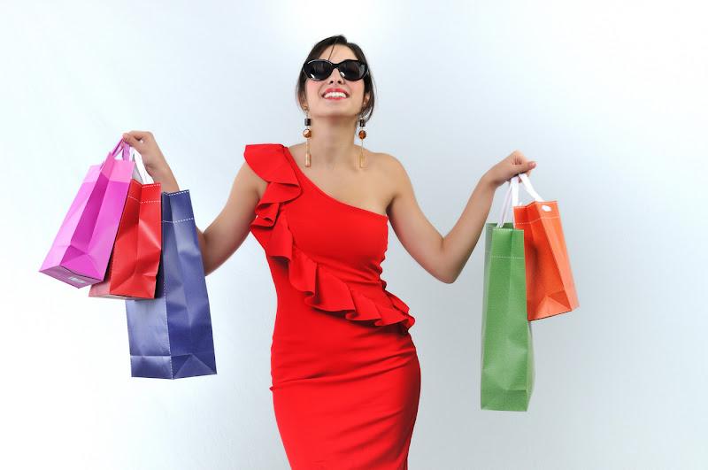 Shopping!!!! di leonardo valeriano