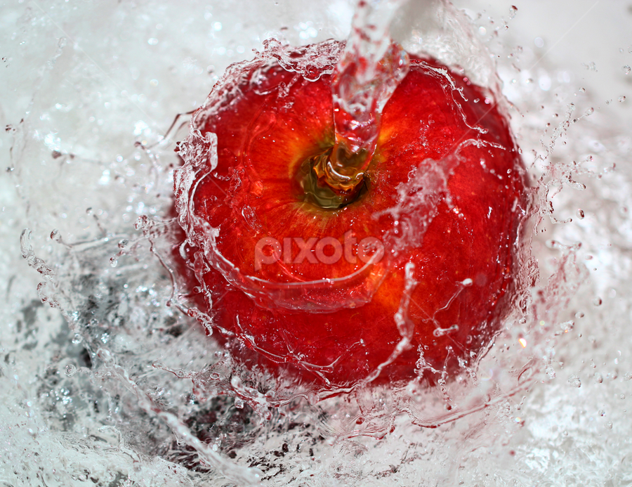 by Dipali S - Food & Drink Fruits & Vegetables ( water, fruit, red, splash, apple, food )