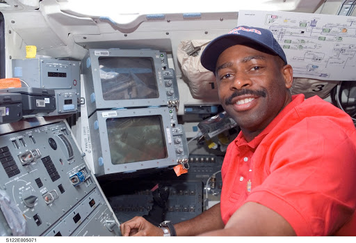Melvin on FD during STS-122