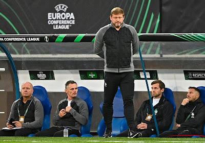 """Vanhaezebrouck wil uniforme regels over het hele veld: """"""""Laat je veel toe? Doe dat dan ook in de zestien"""""""