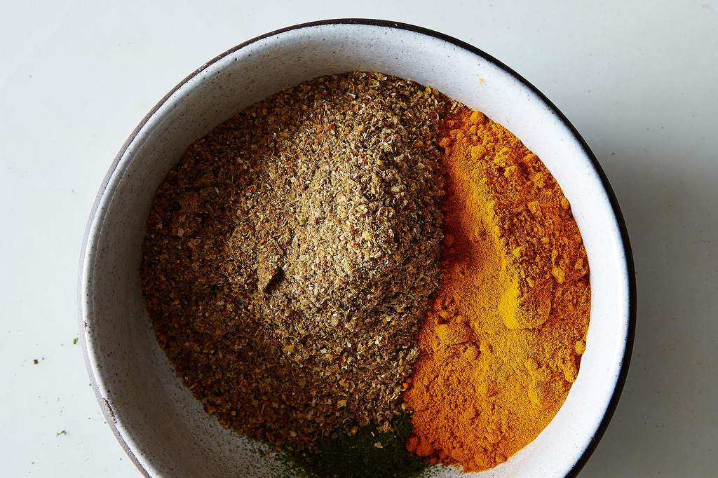 The lowdown on Indian curry powders.
