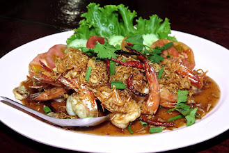 Photo: tamarind prawns, Nong Mai Resort on Hat Sai Ree