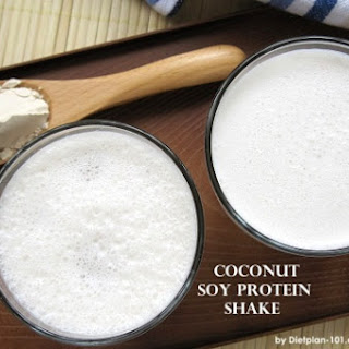 Coconut Soy Protein Shake (Atkins Diet Phase 1 Recipe)