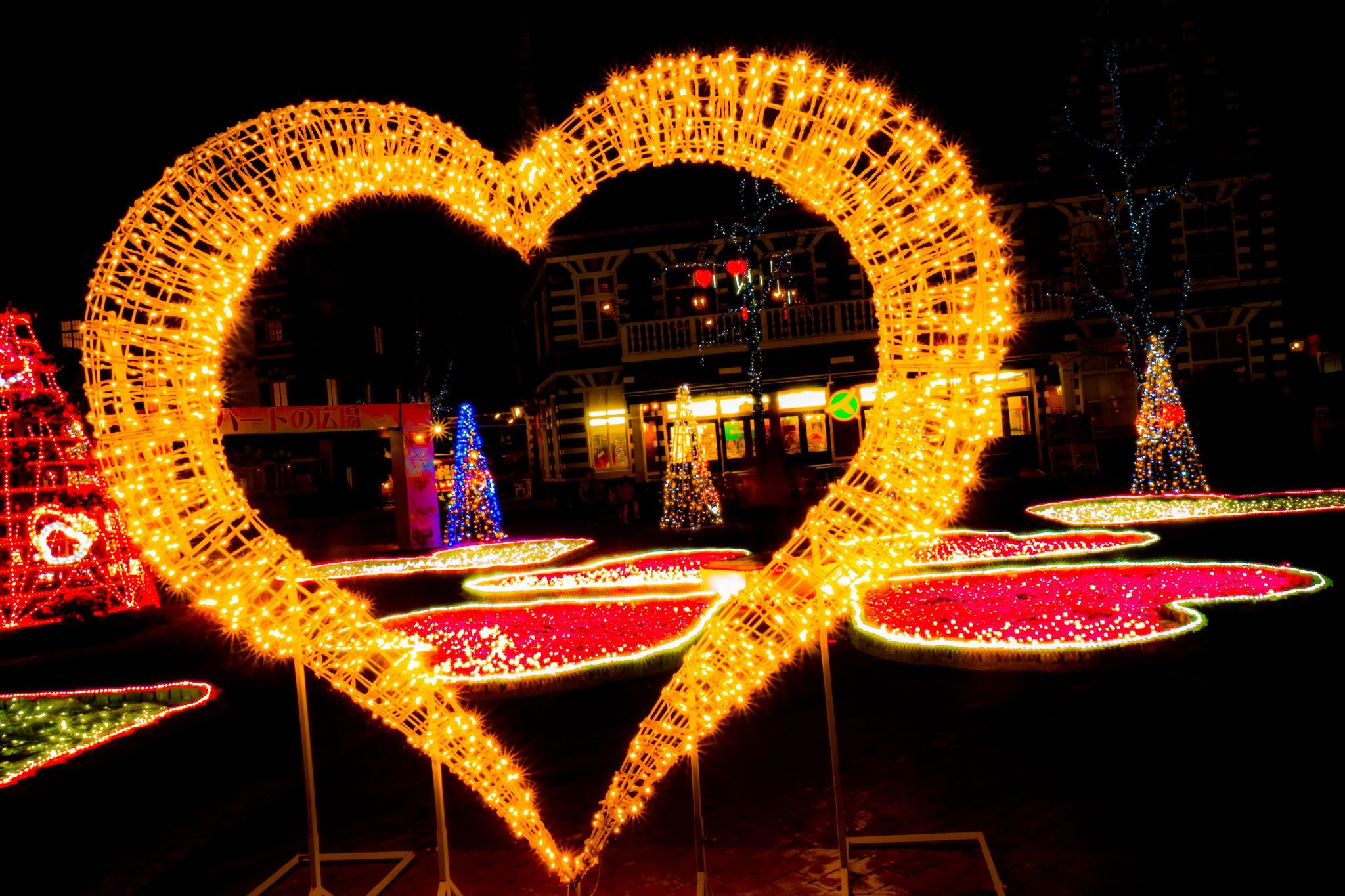 ハウステンボス イルミネーション 光の王国 ハートの広場