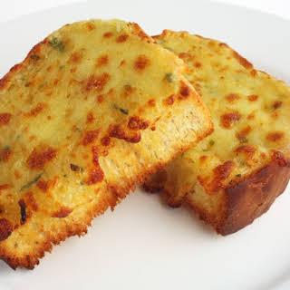 Pasta House Company Garlic Cheese Bread.
