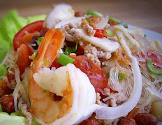 Yum Woonsen Salad