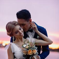 Wedding photographer Anna Bushueva (ladie). Photo of 21.11.2014