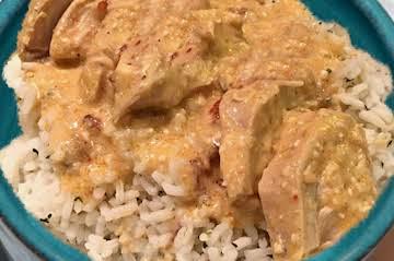 Mexican Essentials: Creamy Chicken Over Rice
